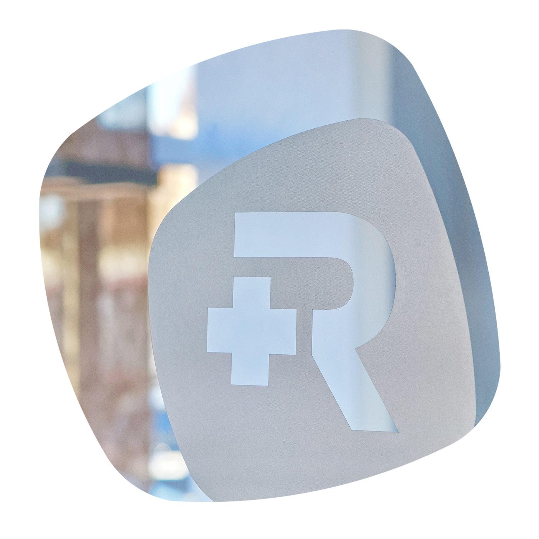 rplus-medigruppe-bildmarke-